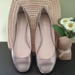 Nine West Lucille gold/Champagne metallic flats